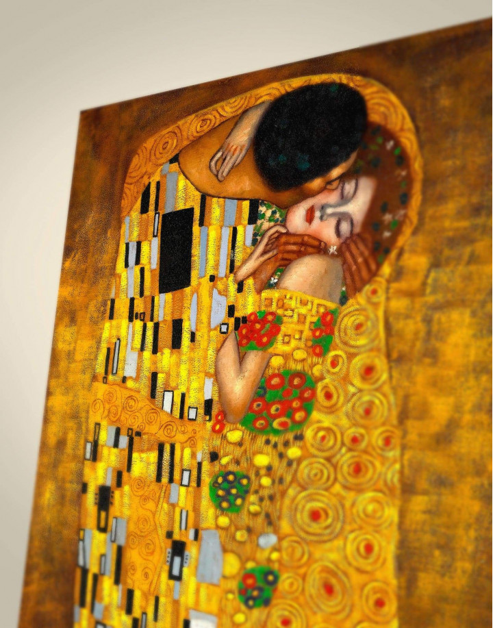 The Kiss by Gustav Klimt Canvas Wall Art - Image 1