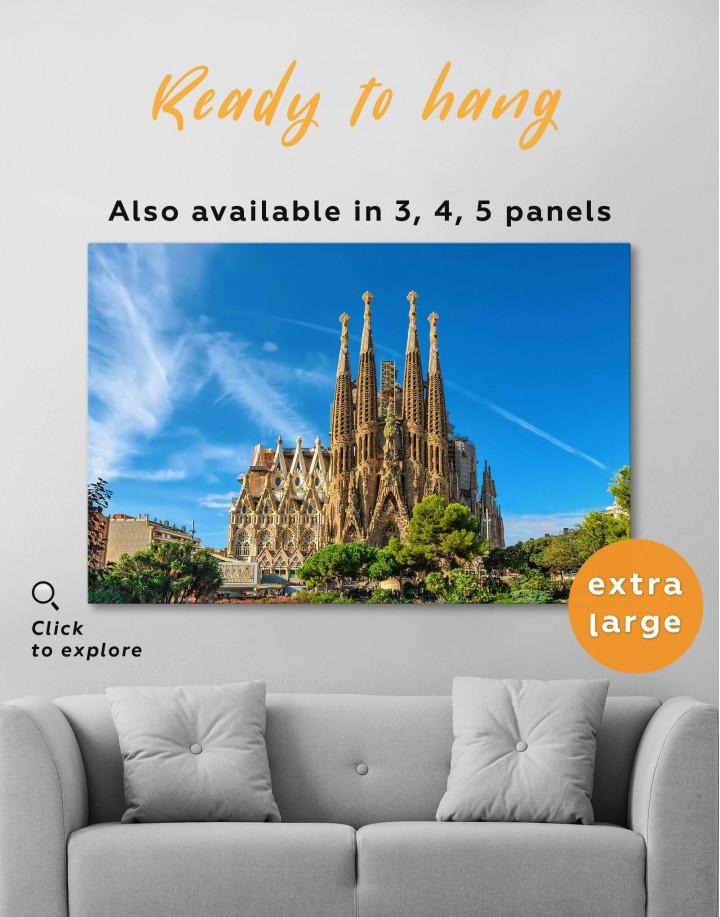 Sagrada Familia Barcelona Canvas Wall Art - Image 0